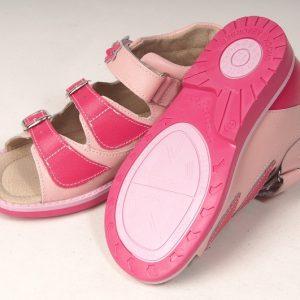 Сандалии детские профилактические Ortuzzi (розовый/малиновый) по доступной цене в Бресте
